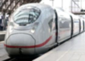 train-4256985_1920.jpg