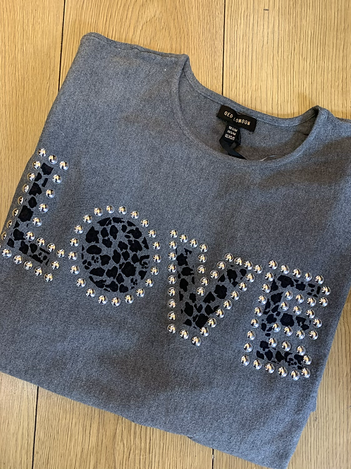 LOVE jumper