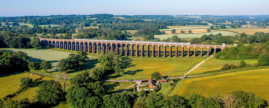 Ouse Valley Viaduct white train-0372.jpg