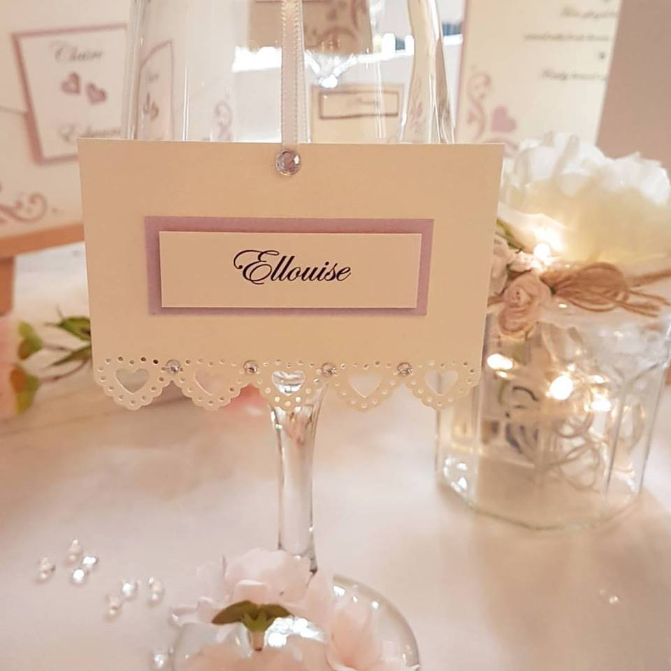 Lace heart hanging wedding placecard