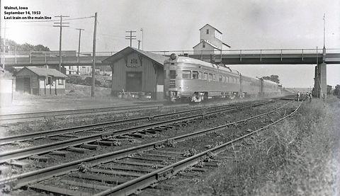1953 WB12 depot Sept 1953 last train v3.