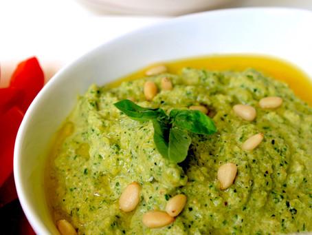 Fresh Vegan Zucchini Pesto