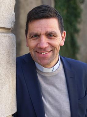 Stefan Hiller, Svenska Kyrkan