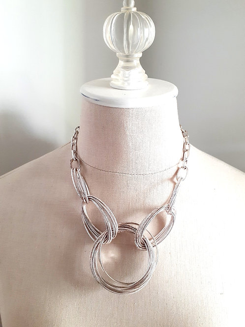 Silver Loop Necklace