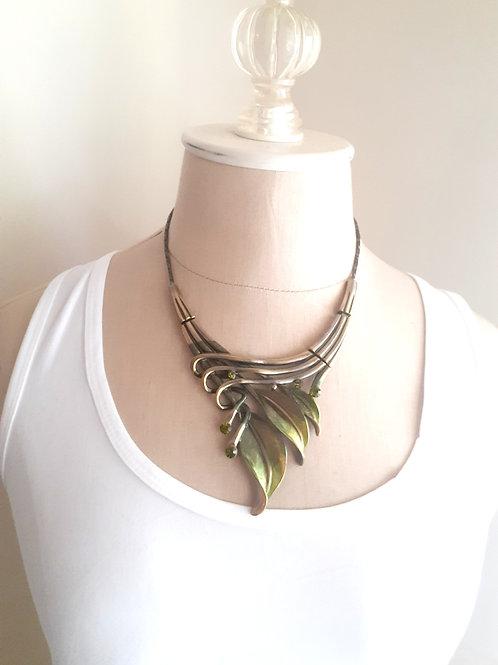 Metal Green Leaf Necklace