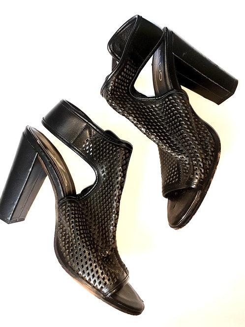 Eyelet Peep-Toe Shoe