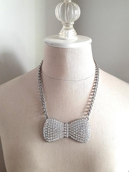 Rhinestone Bow-tie Necklace