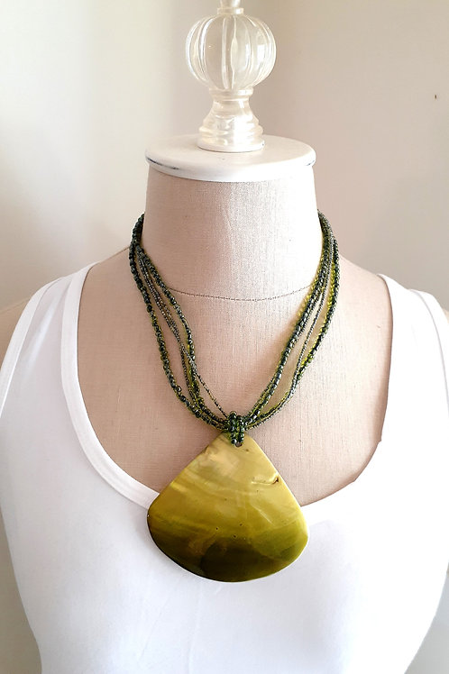 Apple Green Shell Beaded Necklace
