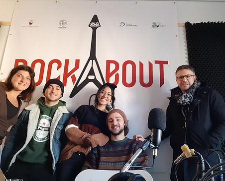 Foto Redazione Rockaobut Radio.jpg