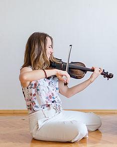 Julia-Florence-Geige.jpg