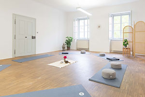 Yogaraum Kreis.jpg