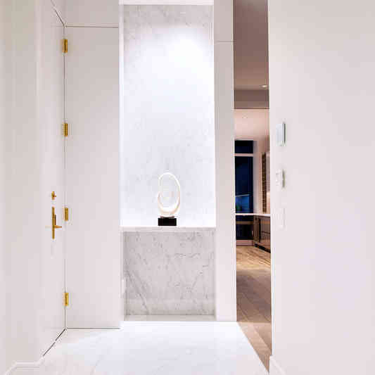 Foyer Wall Panels in High Gloss