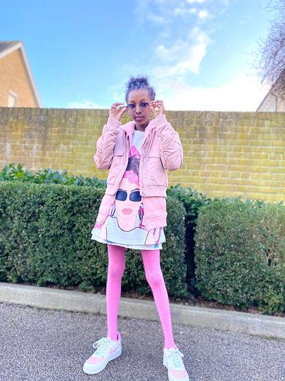 Maya Glitters, Fashion Blogger