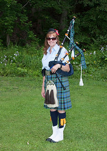 Home | The Caledonian Highlanders Pipe & Drum Band