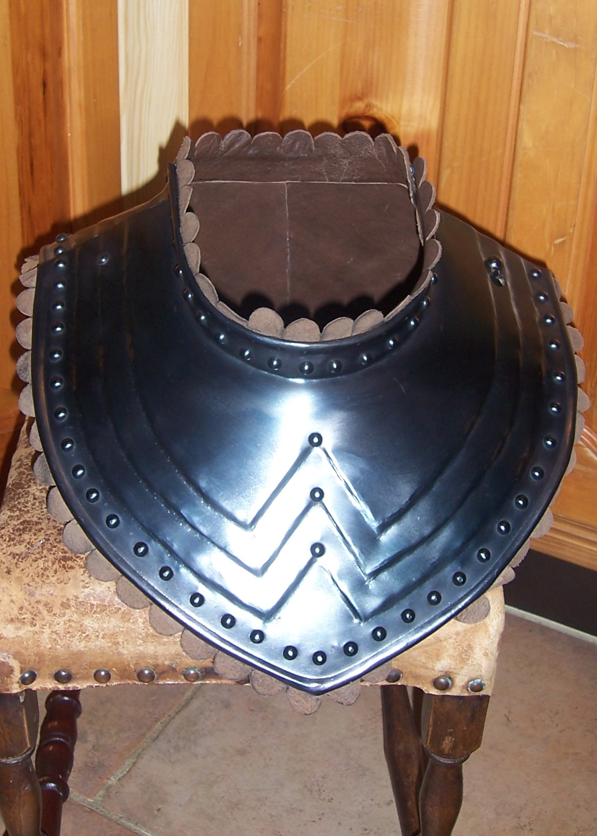 Officer's gorget