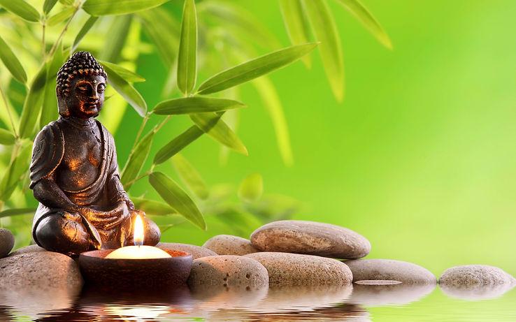 Buda sobre piedras