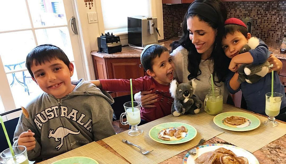 breakfast family.JPG
