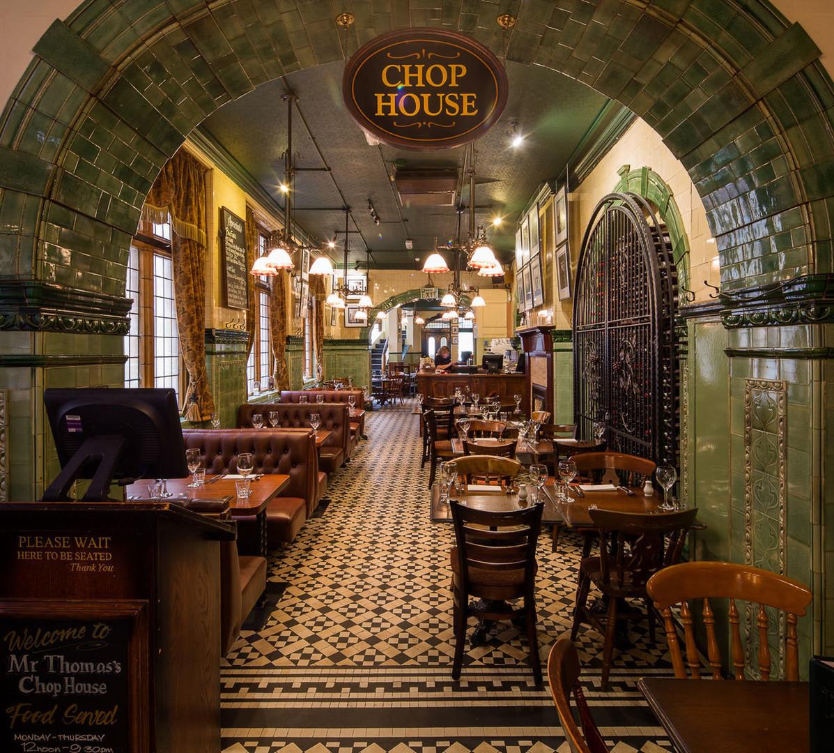 Interior Tom's Restaurant.jpg