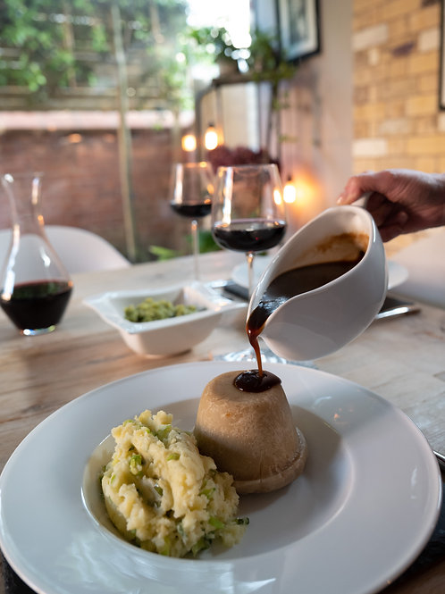 Sam's Famous Steak & Kidney Pudding with Dessert
