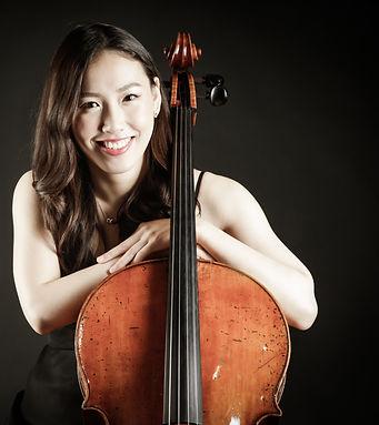 Sanami Akizuki, Cellounterricht, Musikschule Cluster