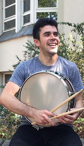 Cesar Larenas, Schlagzeug, Musikschule Cluster, Frankfurt, Darmstadt, Schlagzeuglehrer