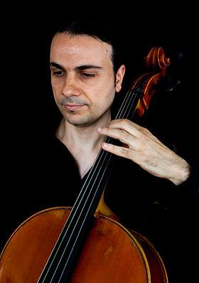 Konstantinos Kampanis, Musikschule Cluster, Cello, Klavier, Frankfurt, Offenbach, Musiktheorie