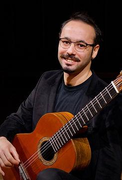 Muhammet Türközü - Gitarre 02.jpg