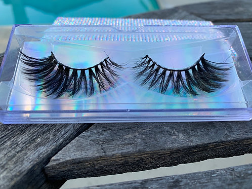 Applause Lash w/ High Life Case
