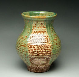 Gaines Bailey - Bailey_ChatterVase_web.j