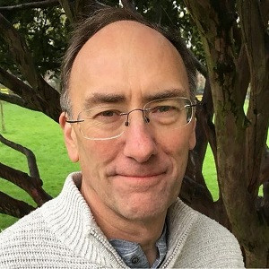 Connecting Consciousness with Simon Parkes