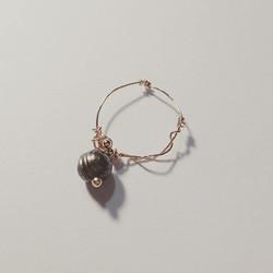 #perleduculture #noir #taiti #pièceunique #jewelry #bijoux #handmade #ring #bague #bague #atelier #p