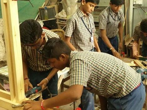 #makersadda #schoolworkshop #cdsnagpur #makermantra #woodworking