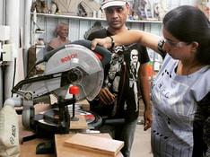 #makersgonnamake  #iammaker #mitersaw #makerscommunity #makersmantra  #Makersadda #woodworking #workshop