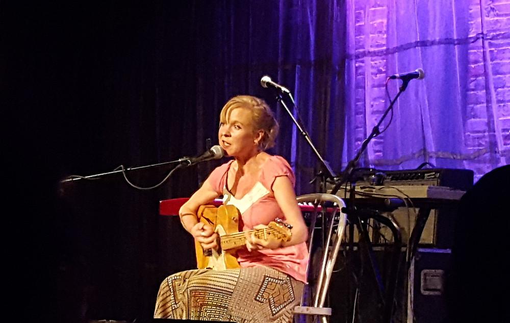 Kristin Hersh at SPACE, Evanston, IL, 12/10/2016