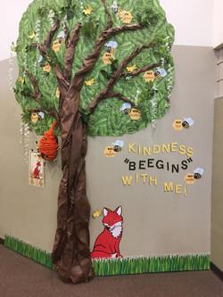 Kindness Beegins with Me Tree