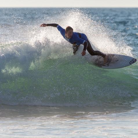 2019-Surfing Santa-MSO-IMG_0031.jpg