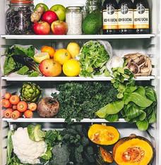 Refrigerator goals 🍎💧♥️_As a season be