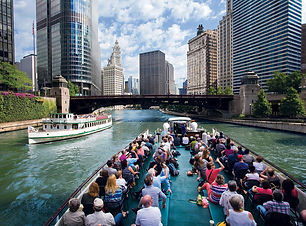 chicago-architecture-foundation-river-cr