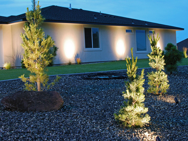Install outdoor lighting Melbourne FL