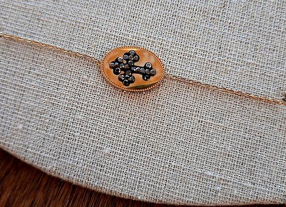 Bracelet ovale croix