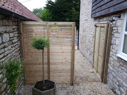 Heritage Contemporary Panel & Matching Gate