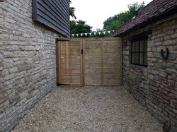 Heritage Contemporary Panel & Matching Gate.