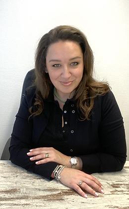 Lisette Lucas. Succes Medium, Transforma
