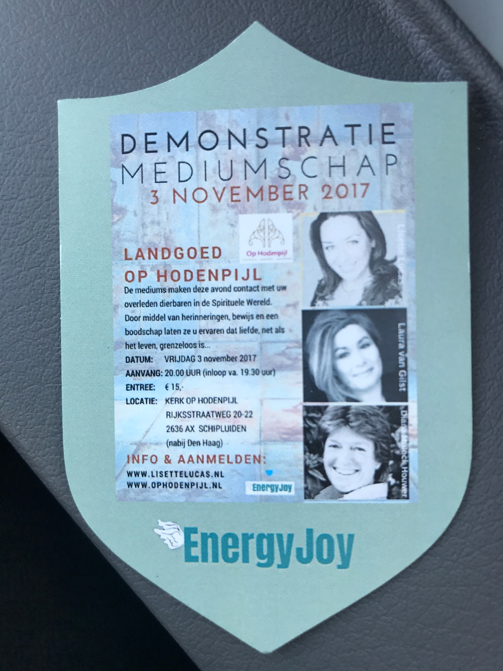 Demonstratie Mediumschap 3 november 2017 Op Hodenpijl Lisette Lucas, Laura van Gilst, Diana Mulock Houwer