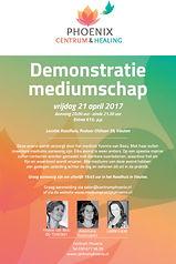 Demonstratie Mediumschap raadhuis Vleuten met mediums Yvonne van Bezu, Annemarie Raaijmakers en Lisette Lucas