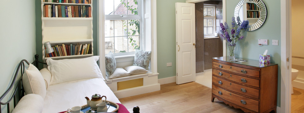 Talton House Gun Room wheelchair accessible ensuite bedroom