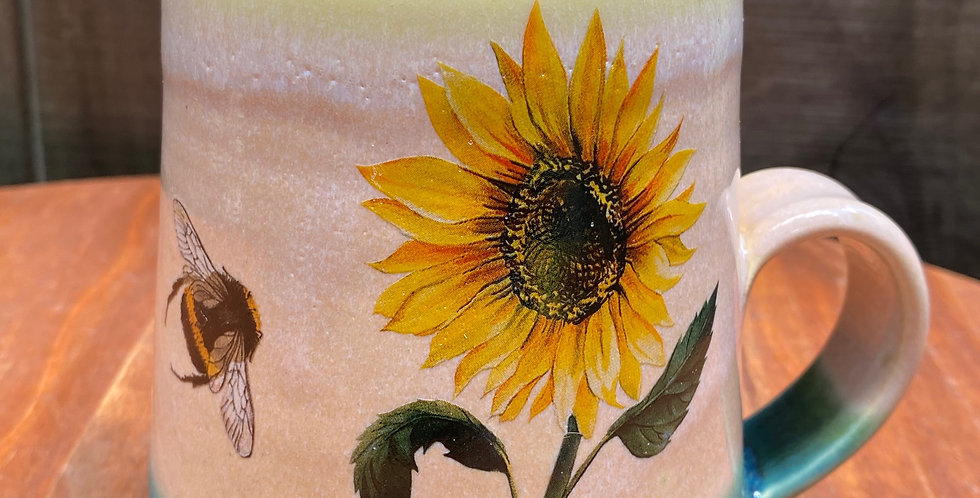 Sunflower and Bee Mug 027