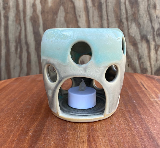 Essential Oil Burner 01