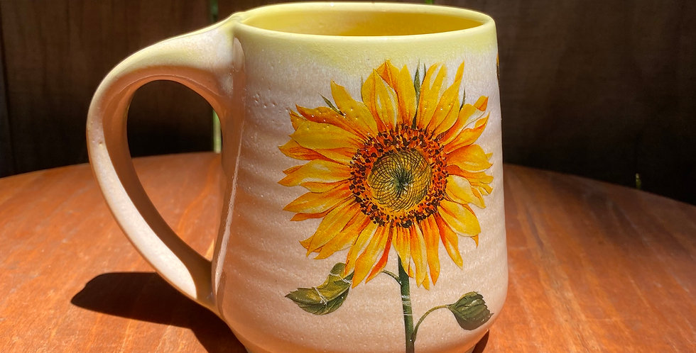 Sunflower and Bee Mug 01