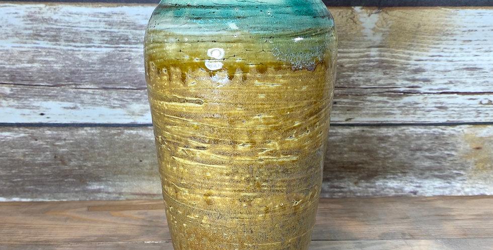Gold Vase 03